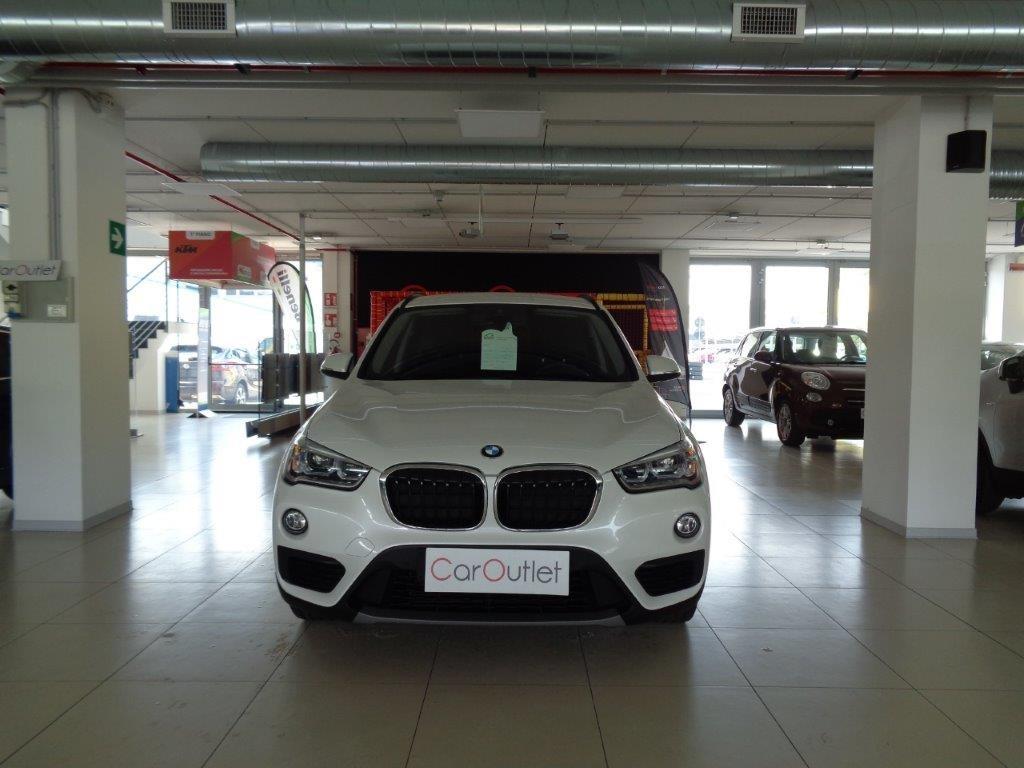 BMW X1 sDrive18d Business Aut. Diesel usata - 1