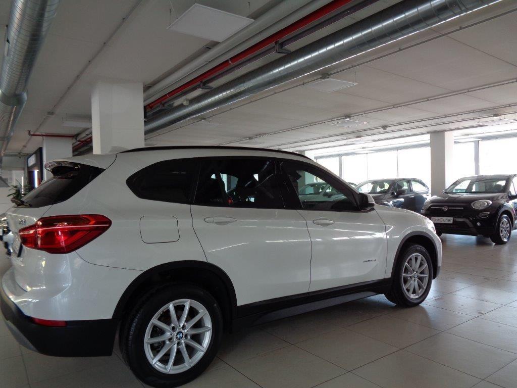 BMW X1 sDrive18d Business Aut. Diesel usata - 3