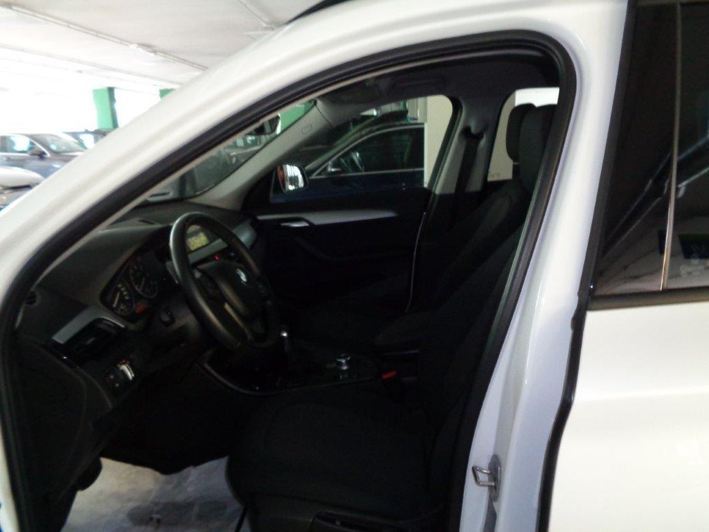 BMW X1 sDrive18d Business Aut. Diesel usata - 6