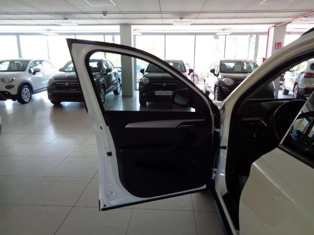 BMW X1 sDrive18d Business Aut. Diesel usata - 8