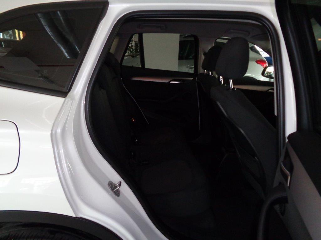 BMW X1 sDrive18d Business Aut. Diesel usata - 15