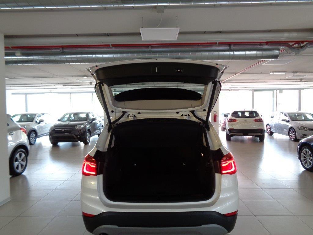 BMW X1 sDrive18d Business Aut. Diesel usata - 17