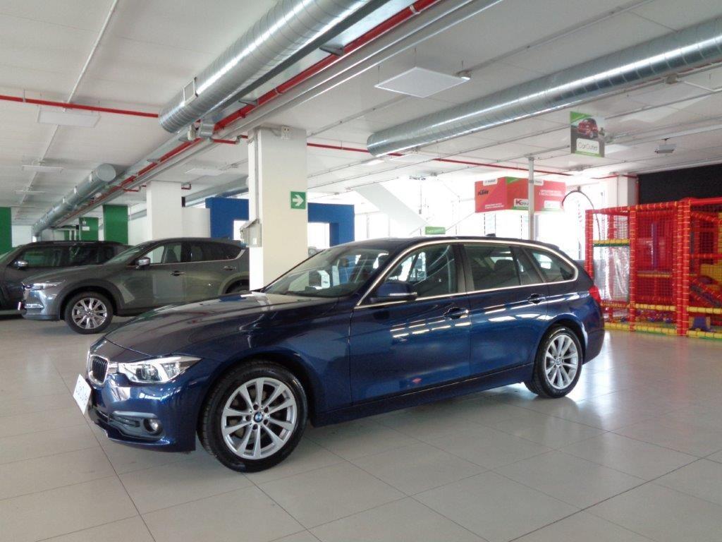 BMW 318d Touring Business Advantage aut. Diesel usata