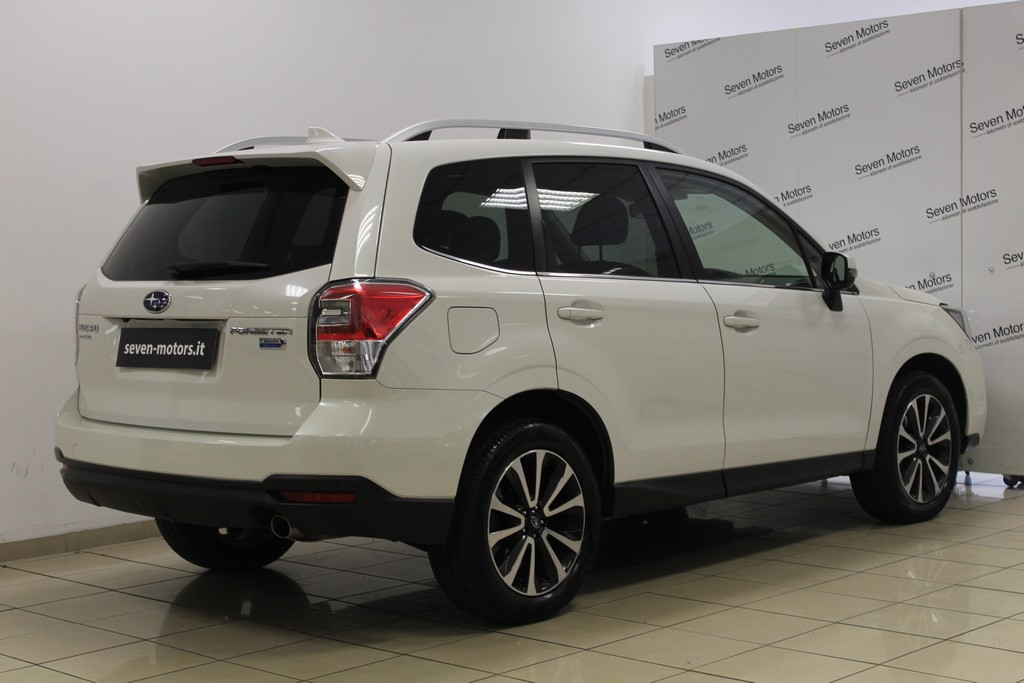 SUBARU Forester 2.0d Lineartronic Sport Unlimited Diesel usata - 14