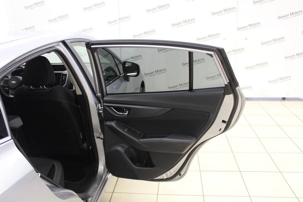 SUBARU Impreza 1.6i Lineartronic Style Navi Benzina usata - 14