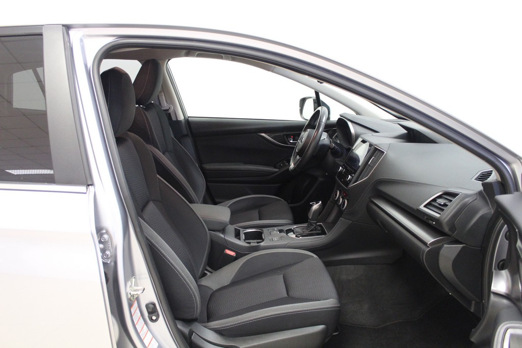 SUBARU Impreza 1.6i Lineartronic Style Navi Benzina usata - 18