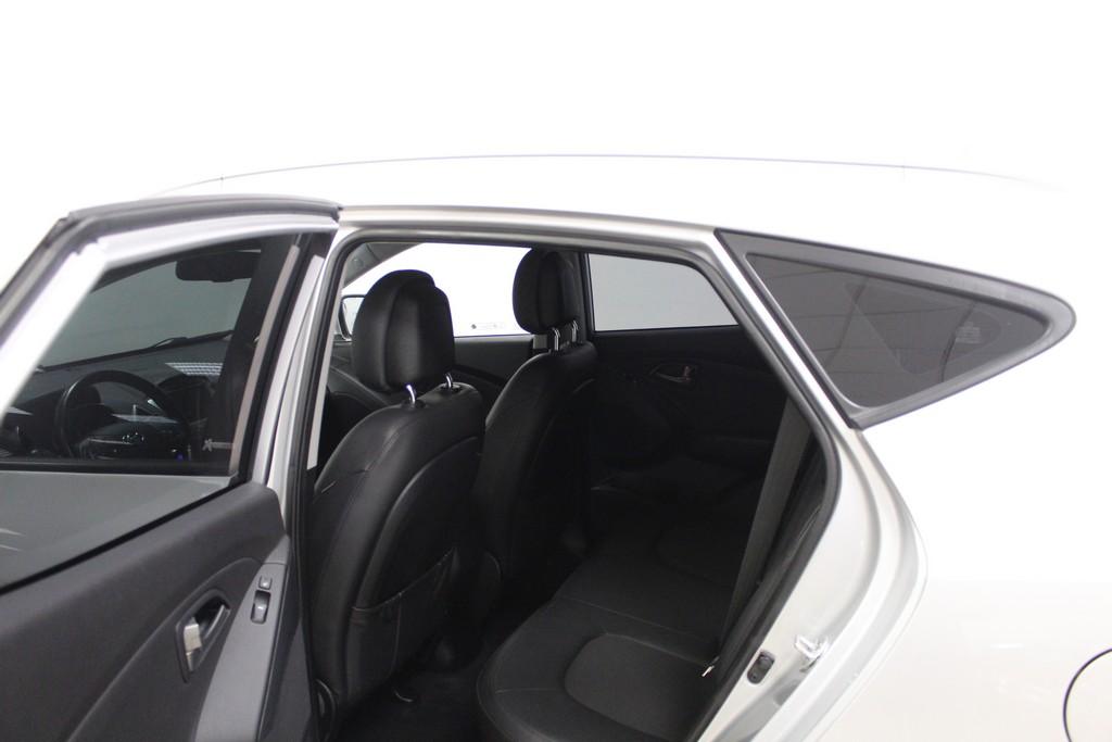 HYUNDAI ix35 2.0 CRDi 4WD Xpossible A/T Diesel usata - 24