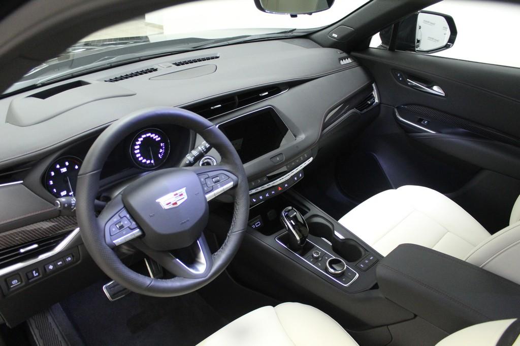 CADILLAC XT4 350 TD AWD Launch Edition Sport Diesel usata - 6