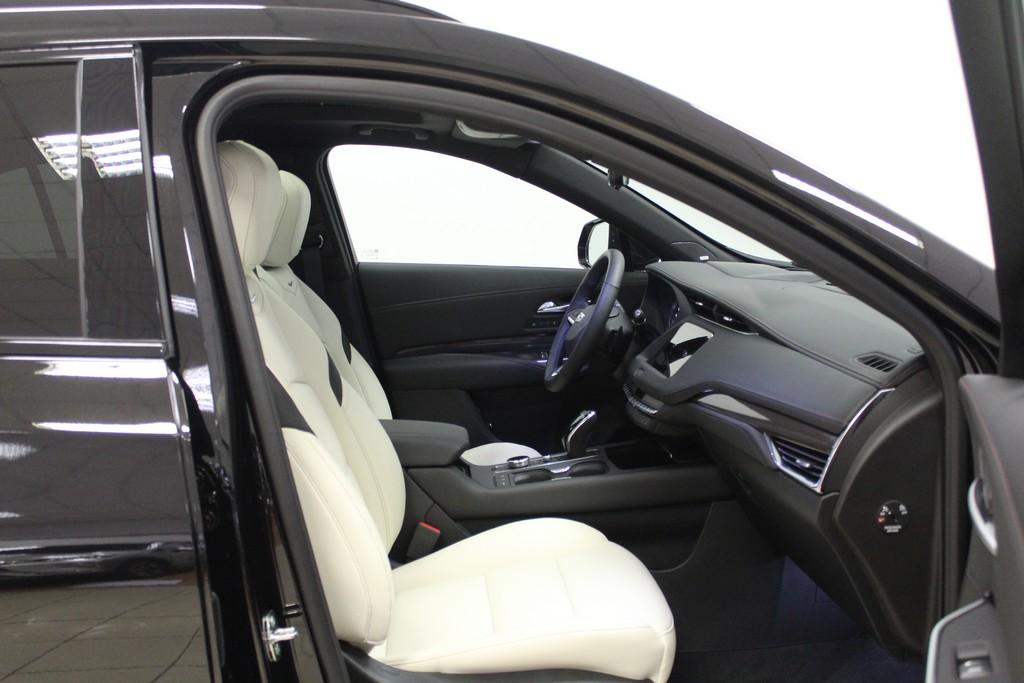 CADILLAC XT4 350 TD AWD Launch Edition Sport Diesel usata - 26