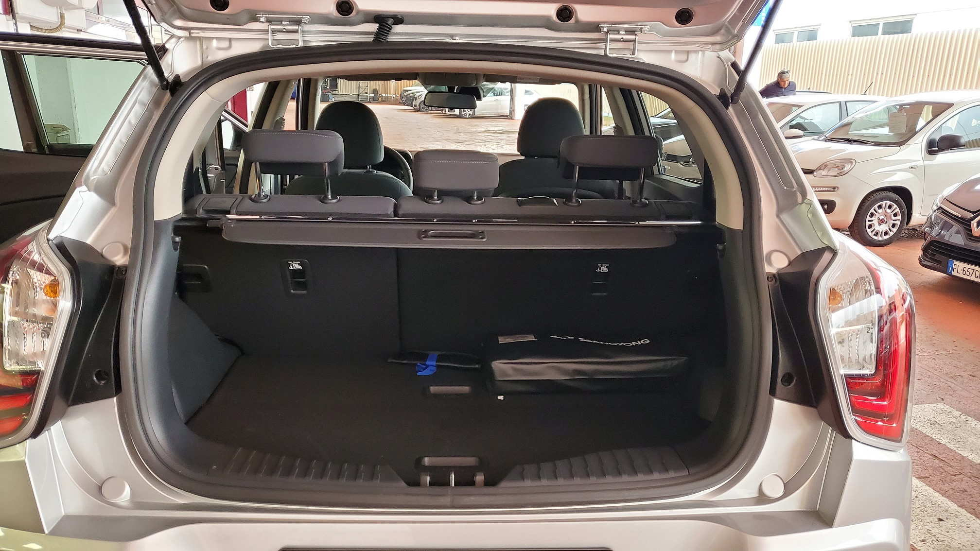 SSANGYONG Tivoli 1.6 diesel 2WD Comfort Diesel usata - 9