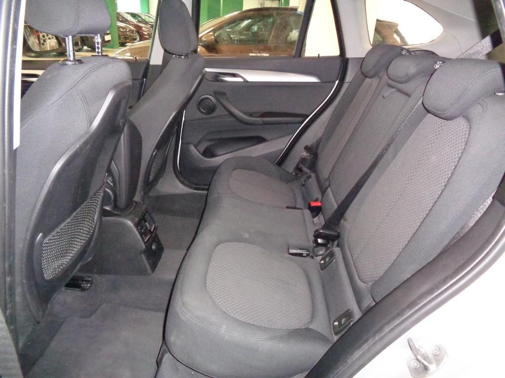 BMW X1 sDrive18d Advantage Automatico Diesel usata - 9