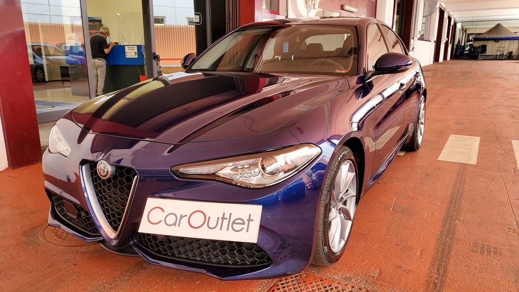 ALFA Giulia 2.2 Turbodiesel 180 CV AT8 Sport Edition Diesel usata