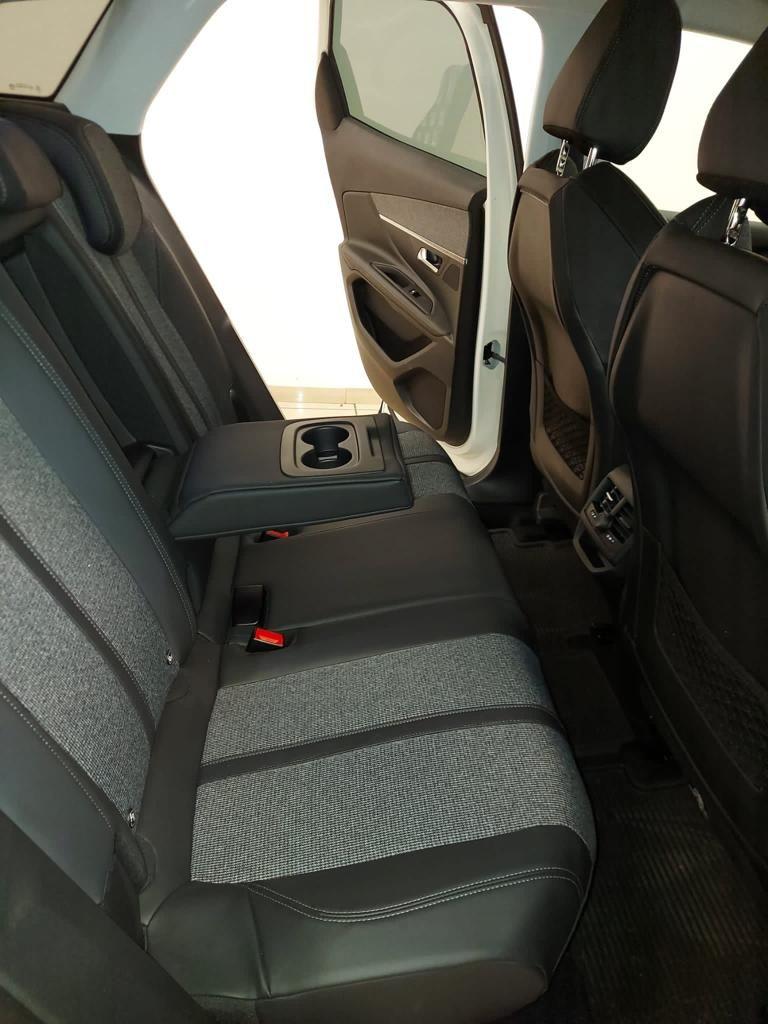 PEUGEOT 3008 BlueHDi 120 S&S EAT6 Allure Diesel usata - 24